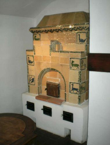 Sobe de teracota cu modele animale - castelul bran
