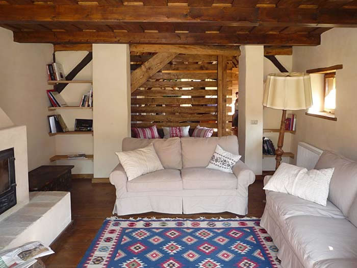 living room white house proiect copsa mare renovare casa traditionala